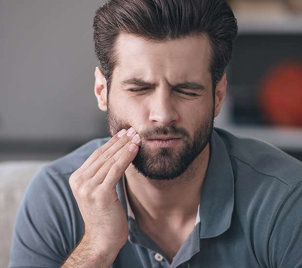 Manassas Can a Cracked Tooth be Saved with a Root Canal and Crown